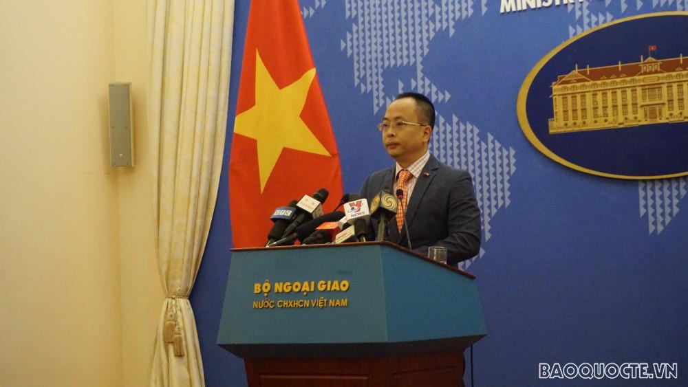 Việt Nam sẵn sàng chia sẻ, giúp Chính phủ Ấn Độ vượt qua dịch Covid-19
