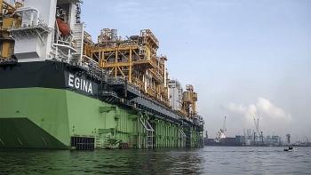 Các nước sản xuất dầu mỏ đối mặt với nguy cơ bất ổn chính trị khi thế giới dịch chuyển khỏi nguyên liệu hóa thạch.