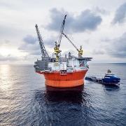 exxonmobil duoc uy ban chau au phe duyet thuong vu ban tai san cho v r energi