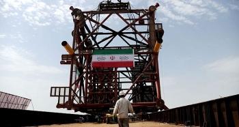 Iran lắp đặt giàn khoan tự nâng cho dự án Pha 11 mỏ South Pars