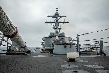 Tàu chiến Mỹ mang tên lửa dẫn đường và tàu Australia tập trận ở Biển Đông, bắn đạn thật