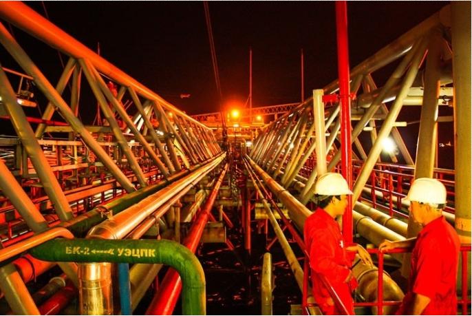 Tin thị trường: Giá dầu 2021 phụ thuộc OPEC+ và diễn biến Covid-19