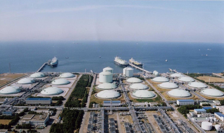 Gazprom lo ngại mất thị phần LNG