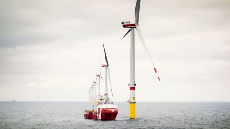 Orsted muốn xây dựng nhà máy hydrogen sử dụng điện gió lớn nhất thế giới
