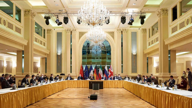 Thị trường dầu ổn định khi Mỹ và Iran tiếp tục đàm phán hạt nhân