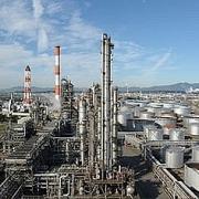 Ngành lọc dầu Nhật Bản gặp khó