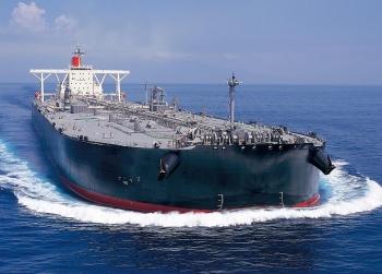 Dư thừa nguồn cung khiến nhu cầu thuê tàu trữ dầu lại tăng đột biến