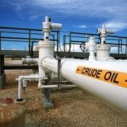 Thị trường dầu toàn cầu không thể hấp thụ sản lượng của OPEC+