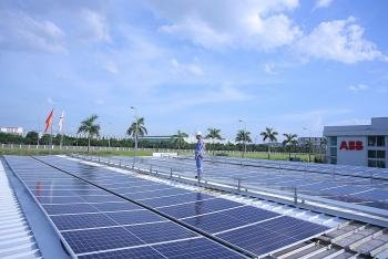 Việt Nam đặt mục tiêu tăng gấp đôi năng lượng tái tạo vào 2030