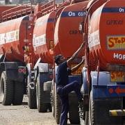 Thị trường dầu giao tháng 12 sẽ được cải thiện