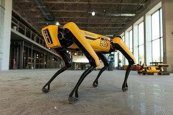 Robot thợ cơ khí đầu tiên trên giàn khoan dầu khí