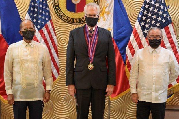 Quan chức Mỹ, Philippines thảo luận thúc đẩy hợp tác quân sự, duy trì Biển Đông tự do