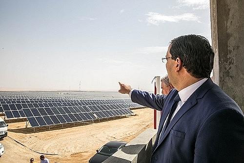 tunisia chi dinh cac tap doan quoc te trung thau 5 du an dien mat troi