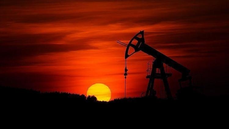IEA hạ thấp dự báo mức phục hồi nhu cầu dầu mỏ