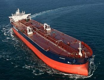 Cái lợi của giá dầu giảm: Nhu cầu tàu chở dầu tăng mạnh