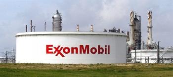 exxonmobil mat gan mot nua loi nhuan
