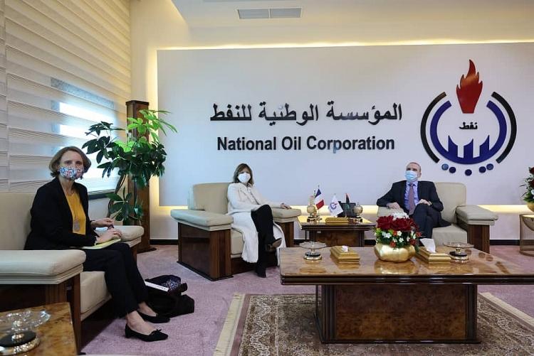 Pháp và Libya tăng cường hợp tác dầu mỏ