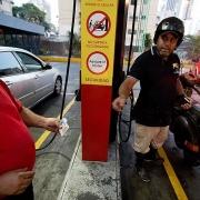 venezuela chinh thuc tang gia xang dau