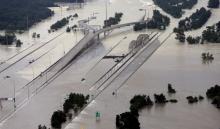 Bão Harvey gây thiệt hại gì cho nước Mỹ?