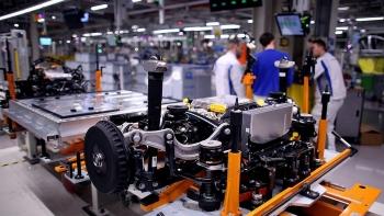 Pháp lập siêu dự án sản xuất pin xe ôtô điện