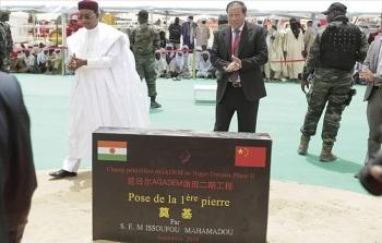 nigeria va trung quoc xay dung 2000 km duong ong dan dau
