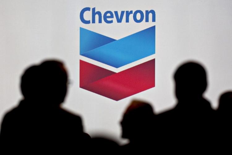 Chevron bị ảnh hưởng nặng nề bởi giá dầu giảm