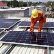 Cần tuân thủ chặt chẽ các quy định khi đầu tư điện mặt trời