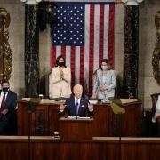 Tổng thống Biden 100 ngày cầm quyền: Giữ trừng phạt thời Trump và tìm bạn bè trong cuộc chiến công nghệ với Trung Quốc