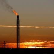 Tranh cãi liên quan đến việc đốt khí đồng hành ở bể dầu Permian lớn nhất nước Mỹ