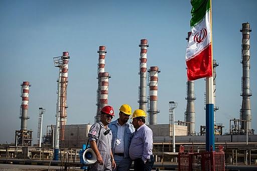 Công ty dầu mỏ nước ngoài phải chấp nhận điều khoản mới để hoạt động tại Iran