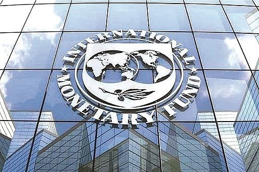 IMF dự báo giá dầu đạt trung bình 50 USD/thùng trong năm 2021