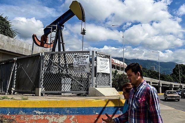 venezuela chi con duy nhat mot gian khoan dau