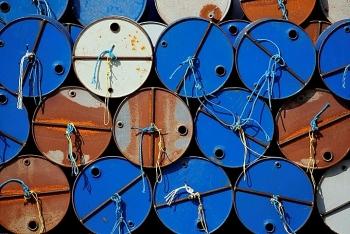 Giá dầu hôm nay 23/9 tăng trở lại do tồn kho giảm