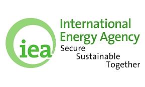 IEA: Hết 2021, nhu cầu dầu thế giới vẫn chưa trở lại mức trước khủng hoảng