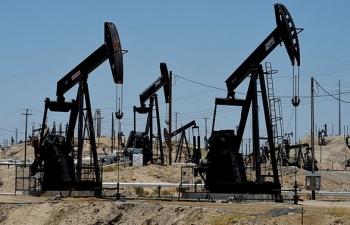 Số lượng giàn khoan tại Mỹ tăng mạnh khi giá dầu trên 70 USD