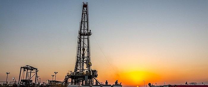 Goldman Sachs hạ dự báo giá dầu khi biến thể Delta làm gia tăng số ca mắc Covid-19