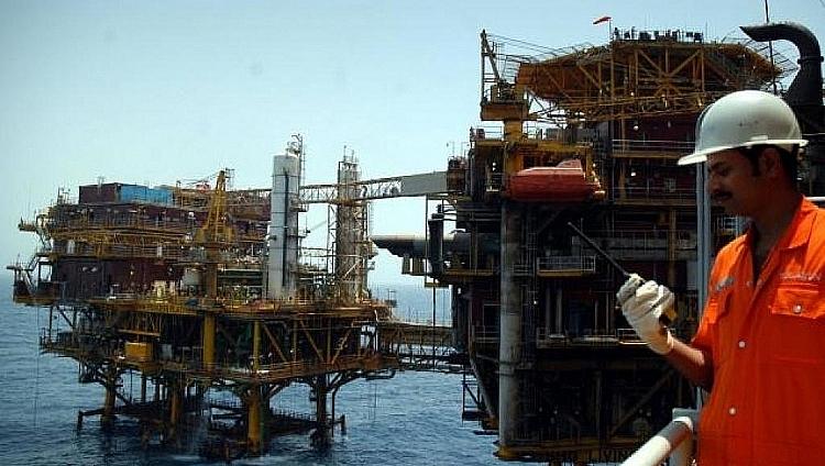 Kim ngạch nhập khẩu dầu của Ấn Độ tăng mạnh trong quý 1