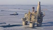 Bộ Tài chính Nga đề xuất gia hạn phụ thu thuế khai thác tài nguyên (NDPI) đối với dầu khí vô thời hạn
