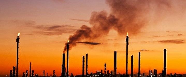 Platts: OPEC+ đang khai thác ít dầu thô hơn dự kiến