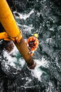Dự báo giá dầu: rủi ro giá dầu thế giới có thể trở lại mốc 65